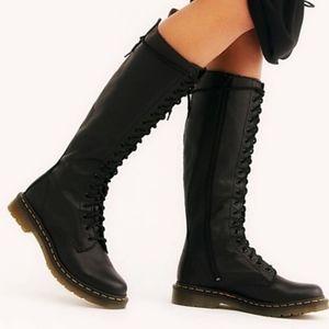 Dr marten Virginia 20-eye knee high black boots